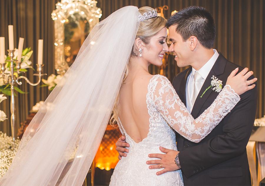Larissa Calheiros e Francisco Mesquita se casam com festa memorável!
