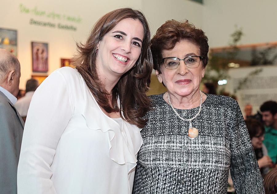 Dra. Zélia Petrola comemora aniversário com presença de João Cândido Portinari