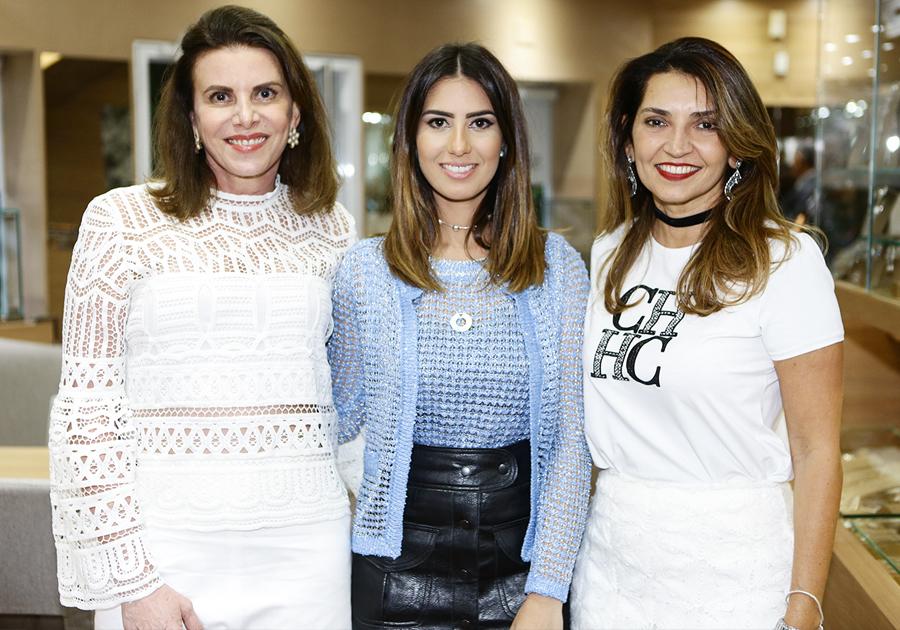 Brilho, luxo e muita exclusividade na Preview da Coleção de Festas de Sandra Pinheiro