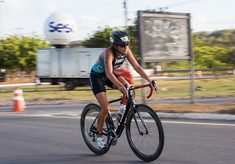 Atletas de todo o Brasil participam da Etapa Pecém do Sesc Triathlon   Confira!