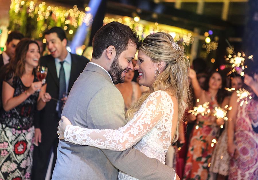 O belíssimo casamento de Priscilla Fontes e Felipe Romcy | Confira!