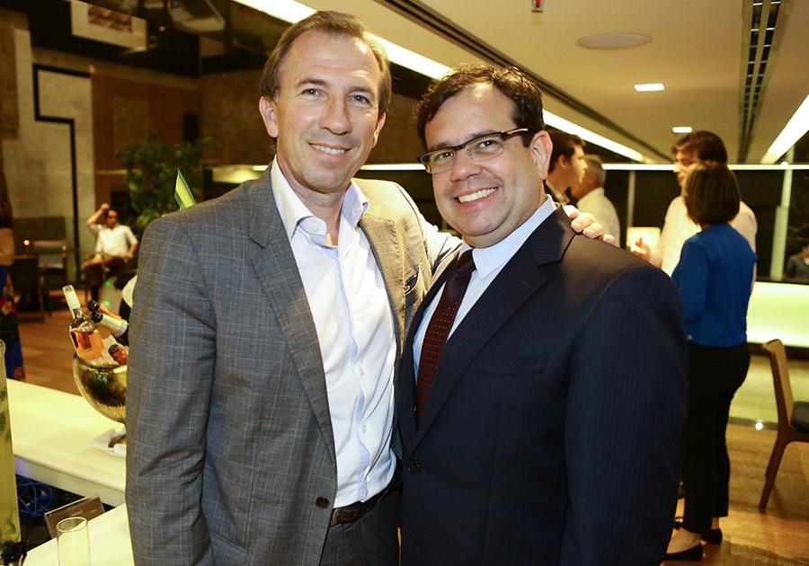 Assinado por Racine Mourão, novo lobby do Gran Marquise é inaugurado!