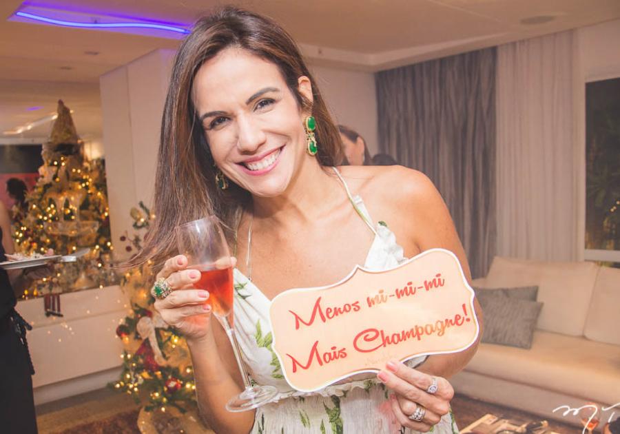Confraternização natalina de Ana Virgínia Martins celebra a amizade | Confira!