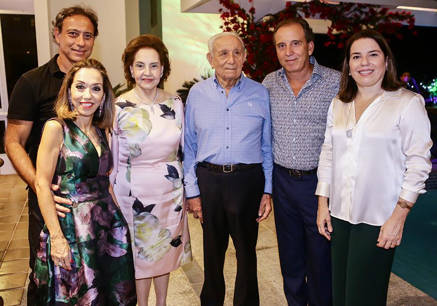 Gratidão e clima familiar na ceia natalina de Norma e Humberto Bezerra!