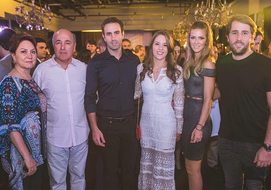 Vitor Frota celebra duplo lançamento com sua Simpex | Confira!