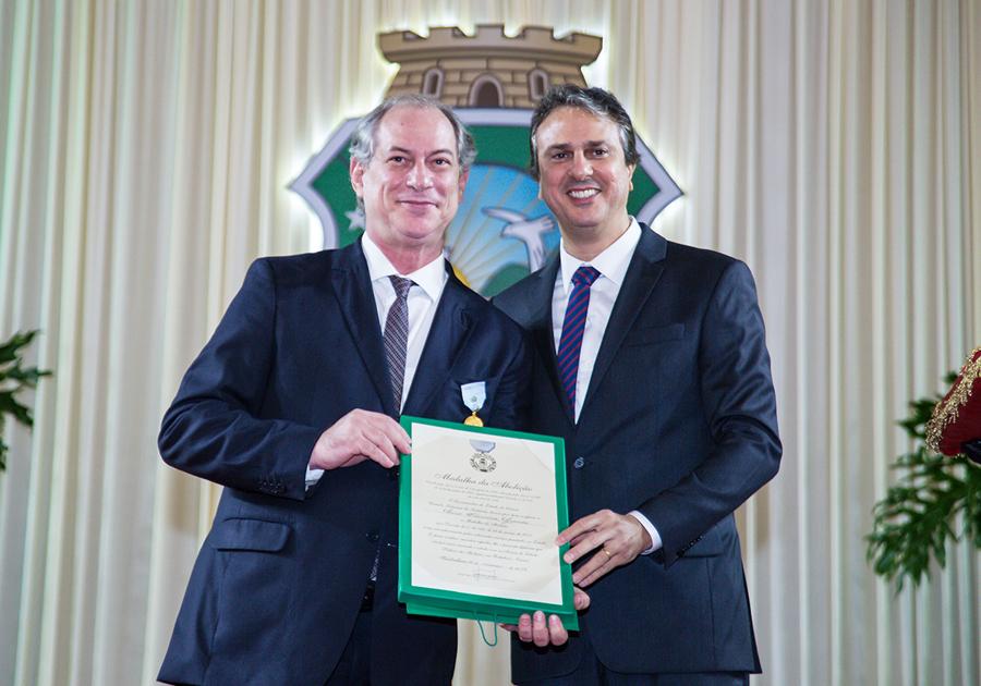 Elogio ao Ceará | Medalha da Abolição destaca o papel de seis grandes personalidades