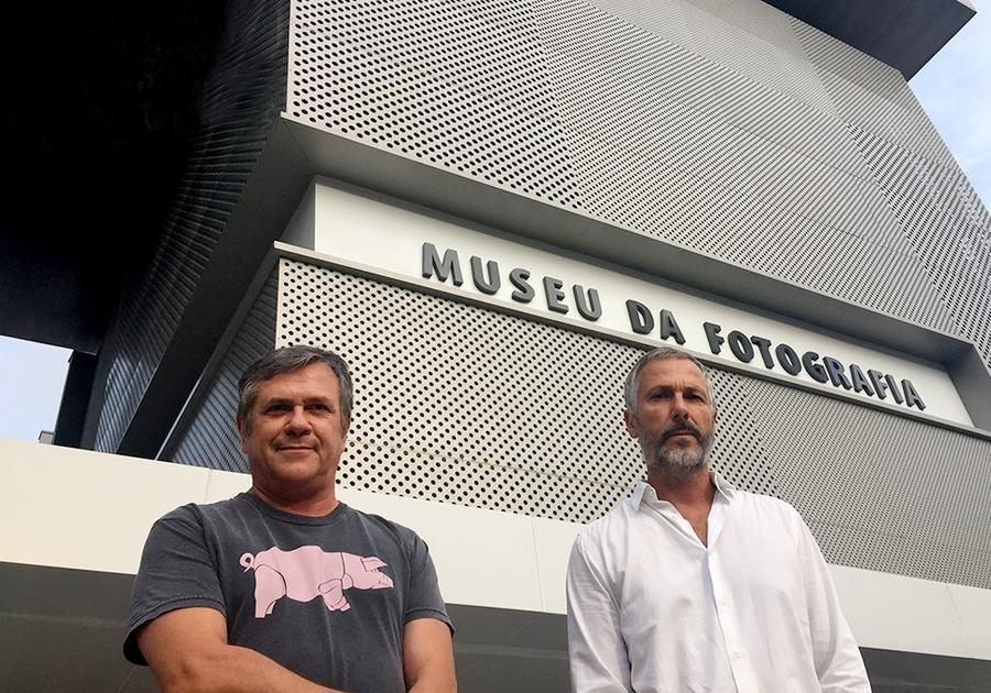 Museu da Fotografia de Fortaleza recebe a visita dos Irmãos Campana!
