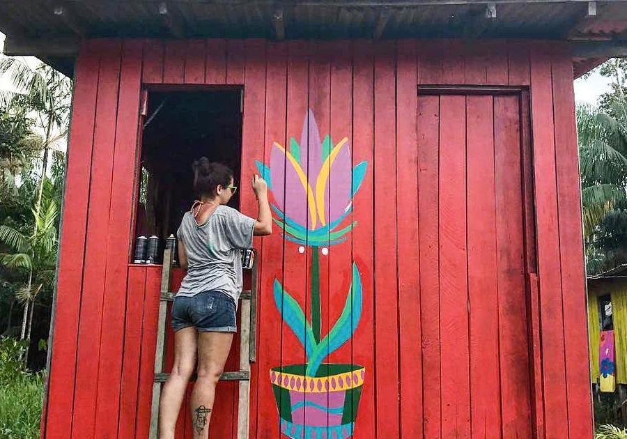 Donas da Tinta | Exposição de artistas visuais cearenses dá voz à arte de rua das mulheres