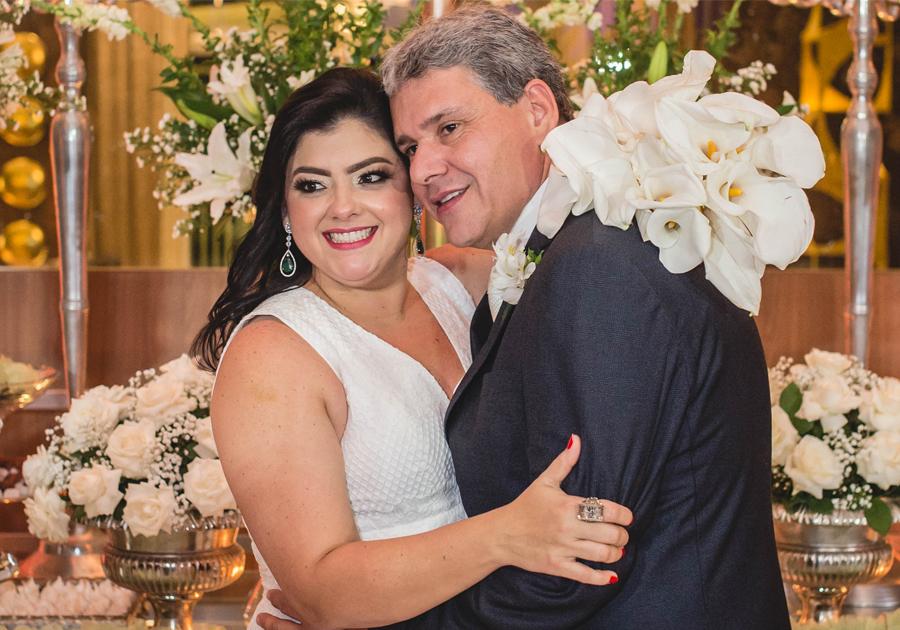 Apaixonados, Viviane Almada e Tobias Barreto casam-se no Edifício Mansão Macedo