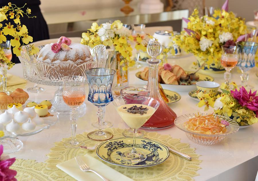 Ousadia na tableware | Natasha Pinheiro monta uma mesa de fim de ano para o GALERIA!
