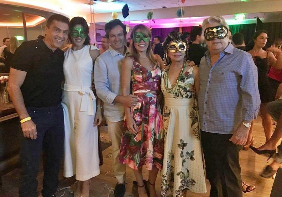 Giro da Folia | Cearenses invadem o Coco Bambu Miami