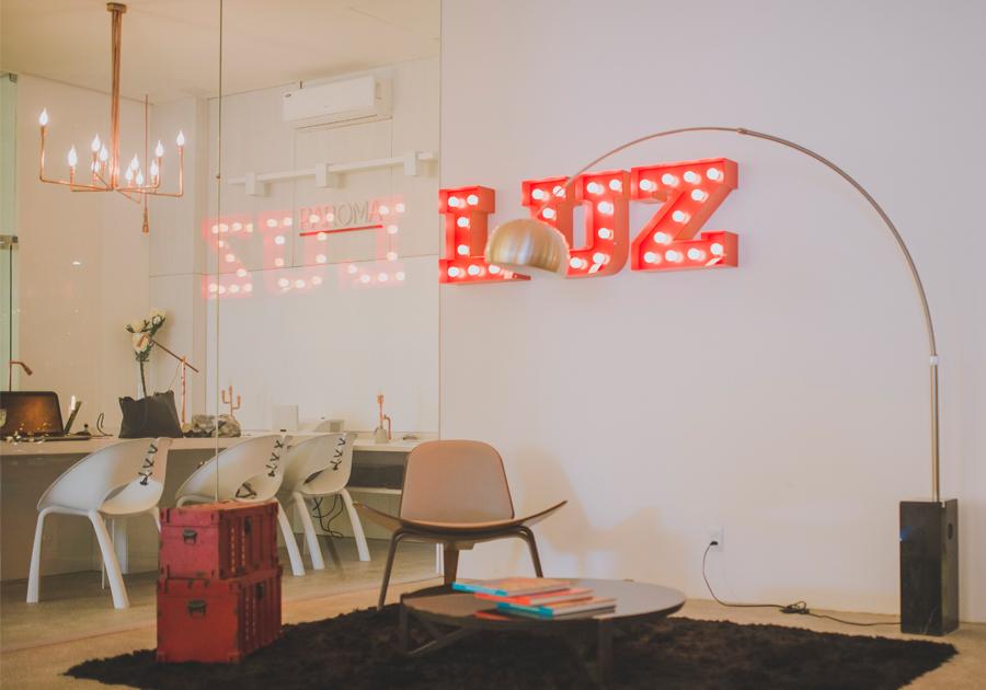 Linhas que compõem luz | O minimalismo chic invade a Paroma
