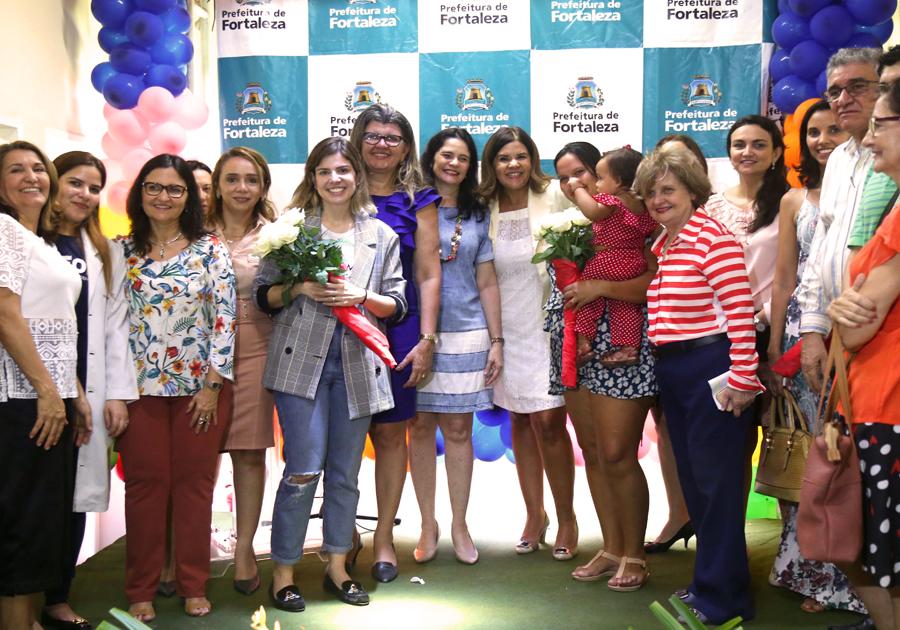 Primeira-dama de Fortaleza, Carol Bezerra inaugura 1º Núcleo de Desenvolvimento Infantil na Atenção Básica