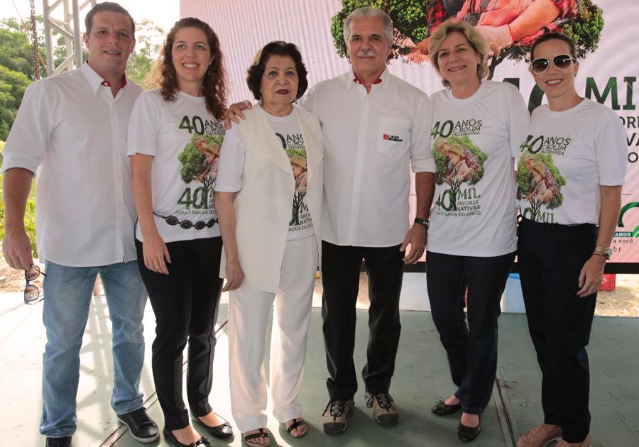 Presente verde | C. Rolim entrega mais de 10.000 árvores no Parque do Cocó