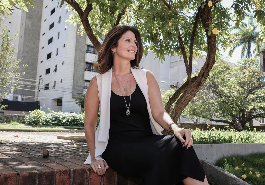 Luce Galvão de Sá assina quarto do casal na 20ª edição da CASACOR Ceará