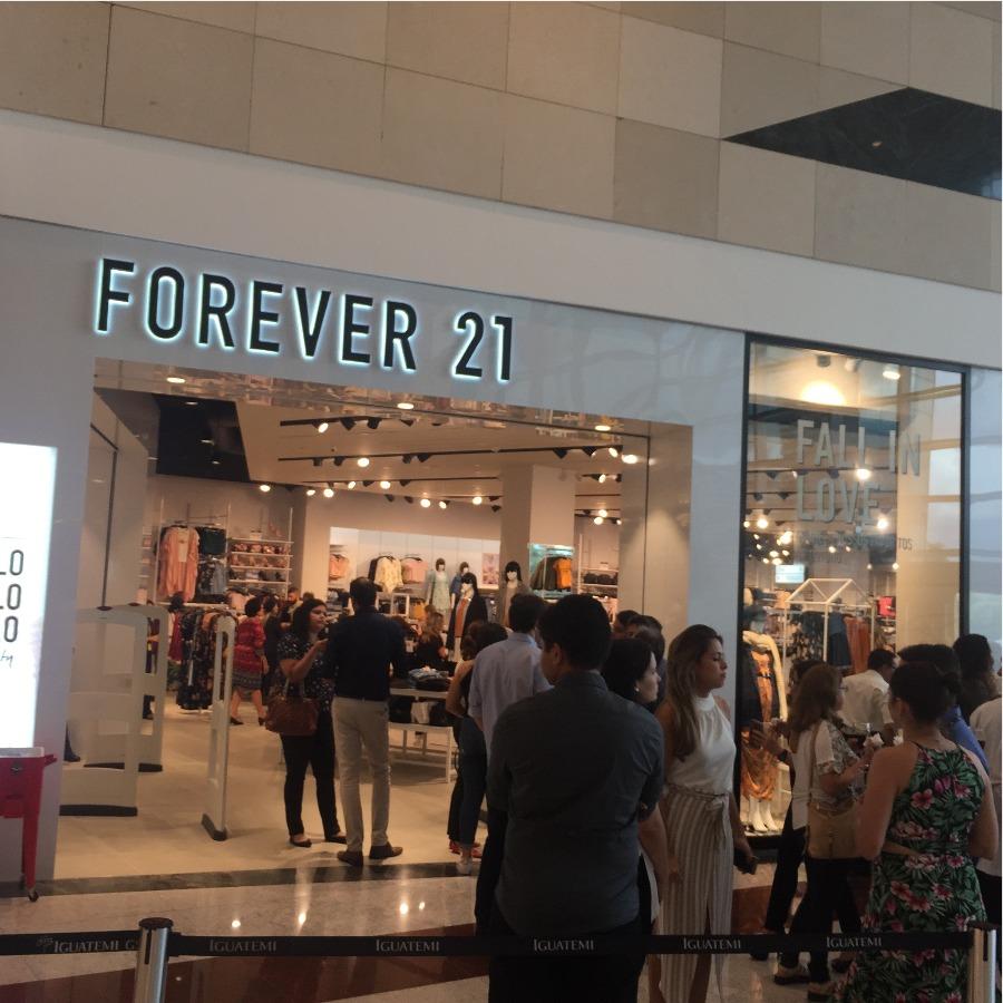 1a01c7845d2 Forever 21 abre as portas um dia antes para a imprensa - Márcia ...