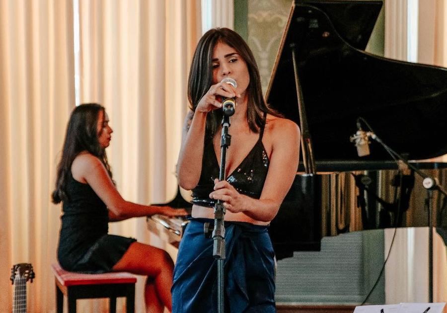 O Jazz e a Bossa de Rayane Fortes vão embalar Dia dos Namorados na Cavalieri