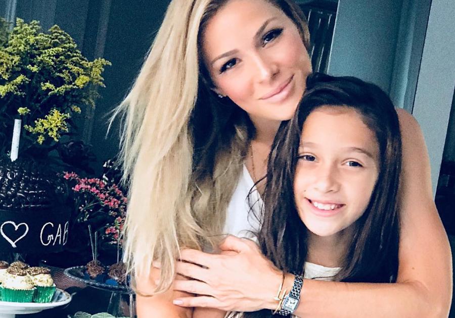 Em casa, Bruna Waleska prepara festa para parabenizar a filha Maria Gabi