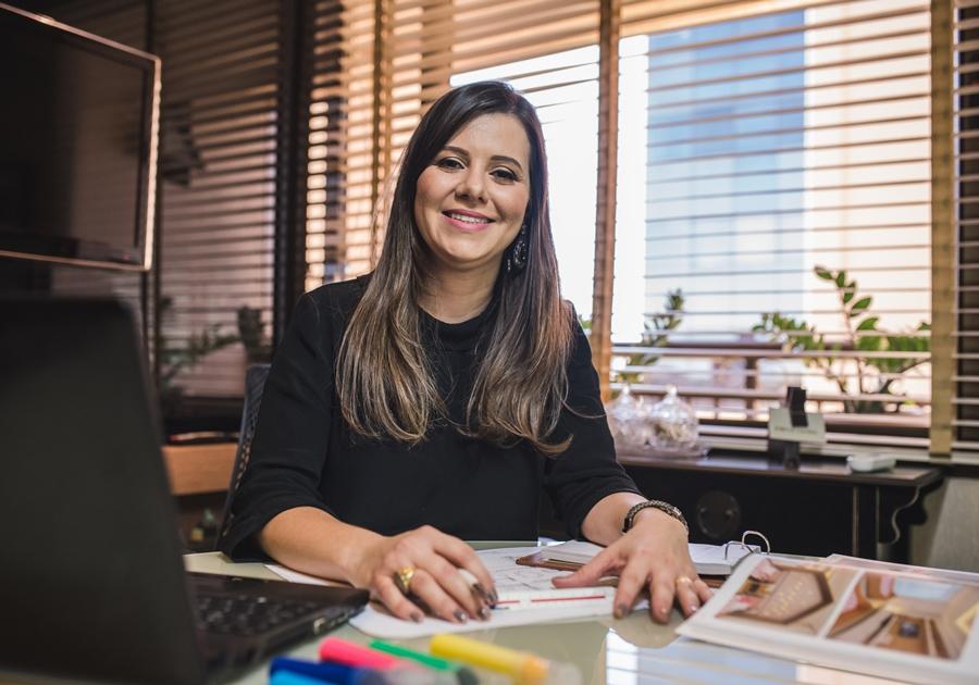 Conheça a arquiteta Fabiane Tavares, que assina o espaço de Márcia Travessoni na CASACOR Ceará 2018