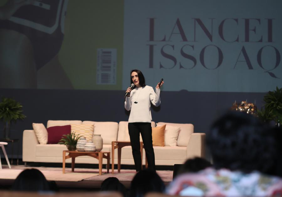 O novo consumidor busca marcas transparentes e produtos personalizados, aponta Maria Prata no MaxiModa 2018
