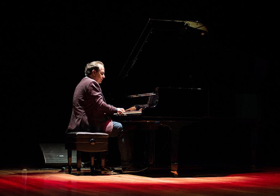 Dia 26, Ricardo Bacelar lança novo álbum em show no Iguatemi