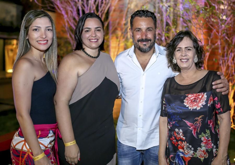 """""""É fundamental o trabalho conjunto da indústria com o designer"""", diz Pedro Franco em evento promovido pela Aced na CASACOR Ceará"""