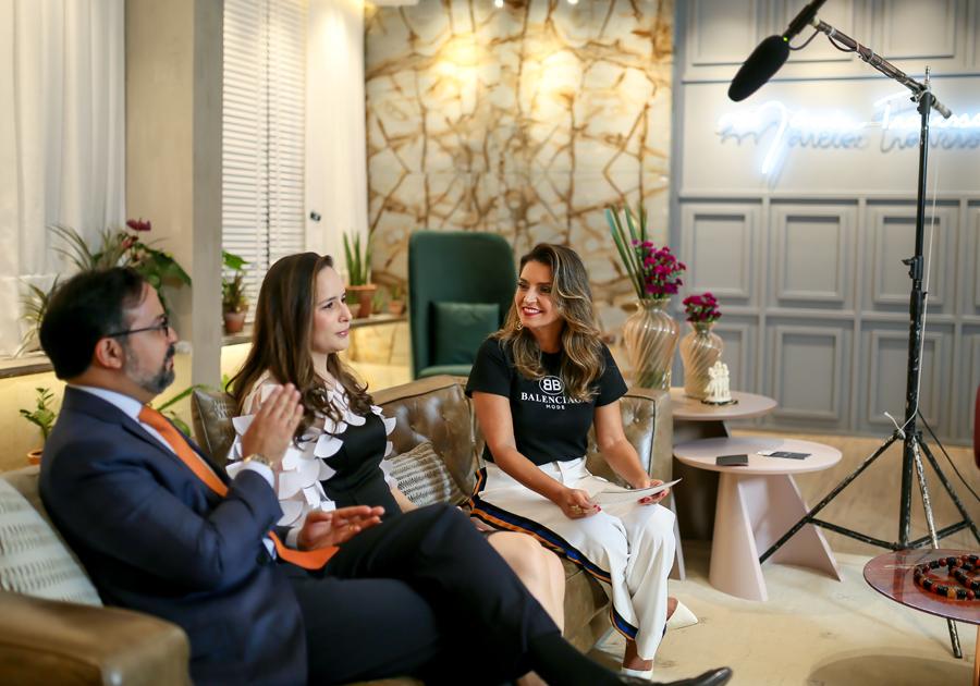 """Dia de entrevistar Simão e Roberta Vasconcelos e Márcio e Manoela Crisóstomo no """"Conversa com Márcia Travessoni"""""""