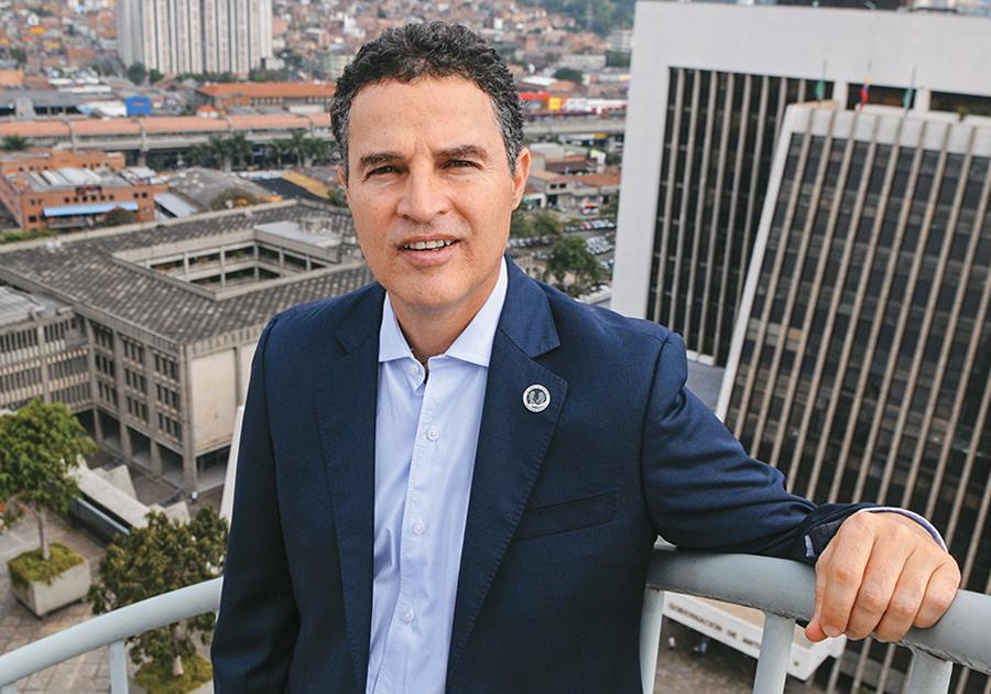 Na Fiec, ex-prefeito de Medellín apresenta os segredos de uma das cidades mais inovadoras do mundo