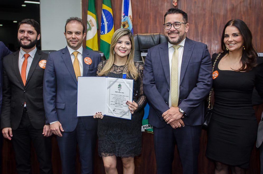 Candidata à presidência da OAB Ceará, Roberta Vasques recebe Medalha Boticário Ferreira