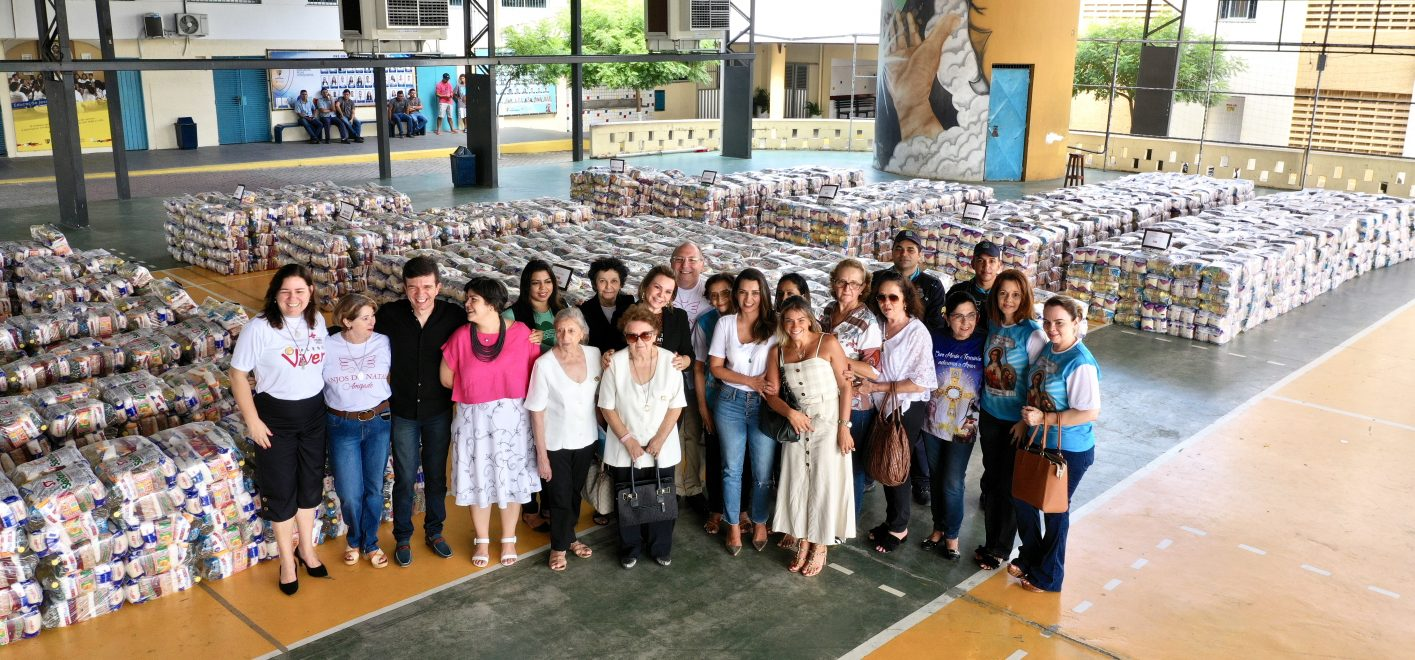 Mais de 3.500 cestas arrecadadas no concerto Anjos do Natal são entregues às instituições