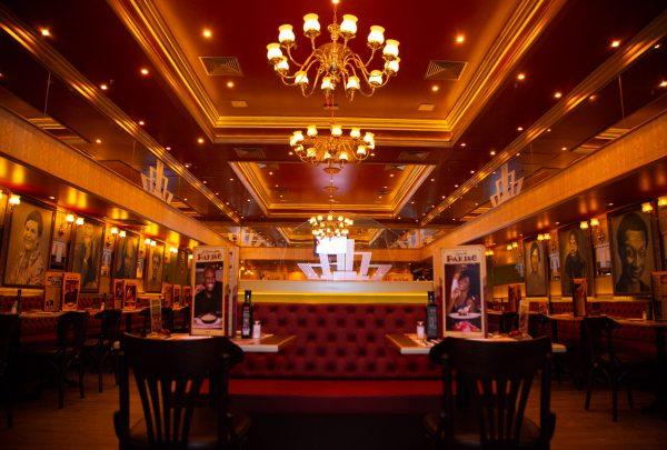 Isaac Azar, proprietário do Paris 6, fala da abertura do restaurante em Fortaleza