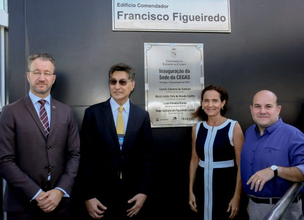 Na companhia de representantes do governo sueco, Roberto Cláudio participa de seminário sobre o potencial da cadeia de biometano para cidades como Fortaleza