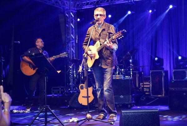 Fagner se apresenta sexta-feira (23) em Fortaleza na abertura do Ceará Natal de Luz