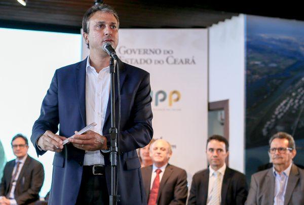 """""""Teremos pelo menos 60 voos internacionais por semana já a partir de 2019"""", diz governador Camilo Santana sobre ampliação do Aeroporto de Fortaleza"""