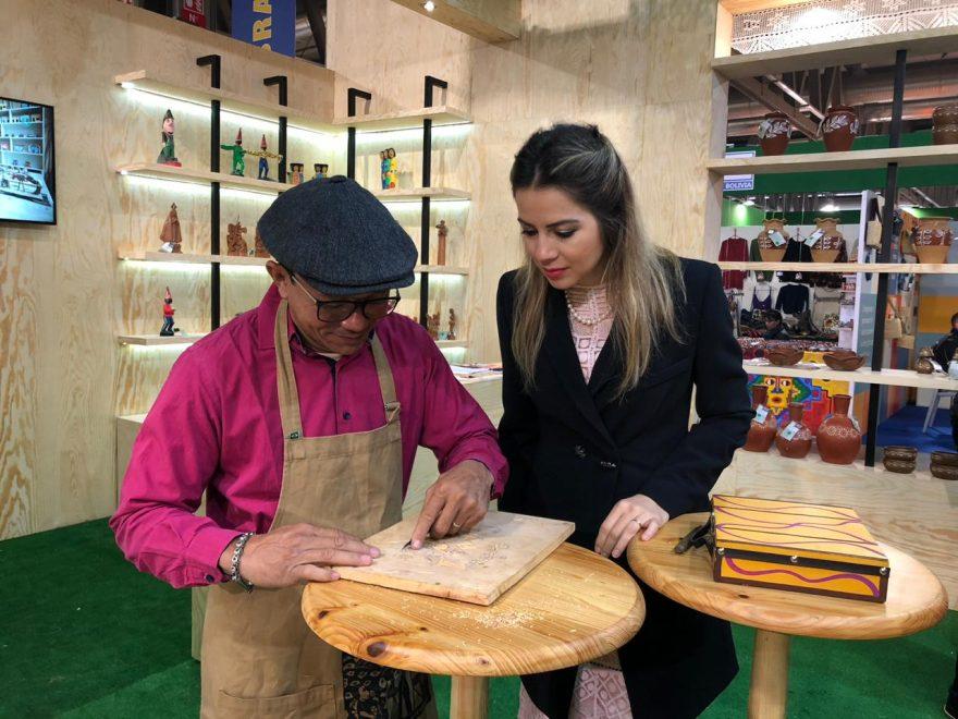 Na Itália, comitiva cearense, com a presença de Onélia Santana, participa da maior feira mundial de artesanato, gastronomia e turismo