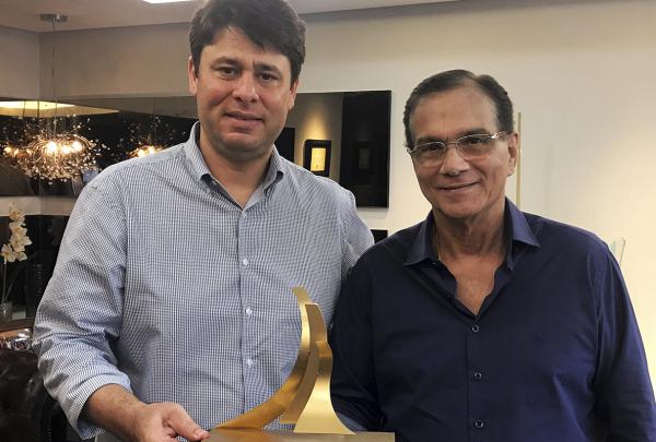Beto Studart agradece pelo prêmio de Construtora do Ano cedido à BSPAR