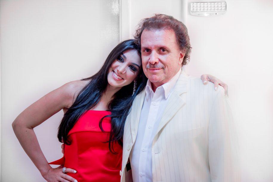 """Eduardo Lages, maestro do Rei Roberto Carlos, e Marina Elali apresentam o show """"Sucessos do Rei"""" em Fortaleza"""