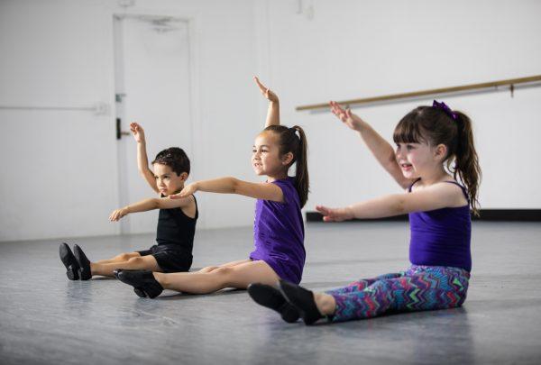 Vila das Artes está com inscrições abertas para Curso de Dança voltado para crianças