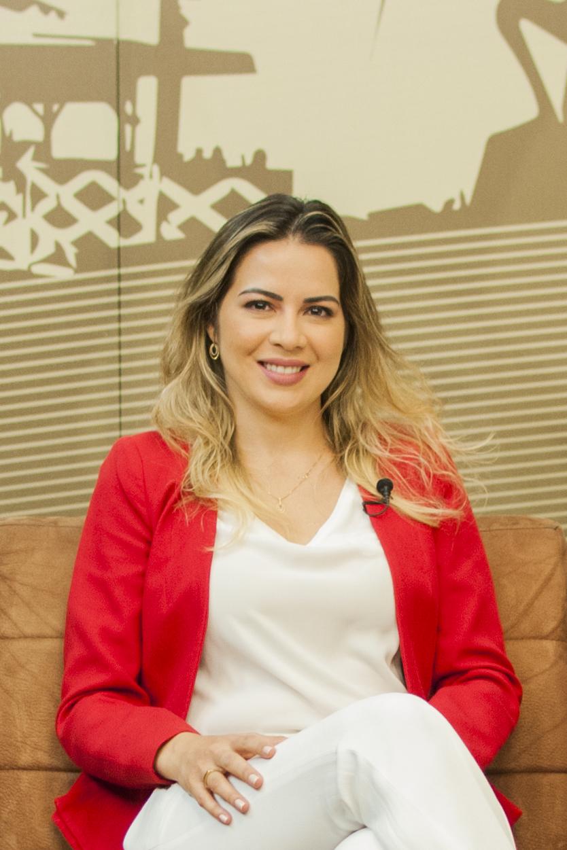 Onélia Santana apresenta o Programa Mais Infância Ceará em Brasília