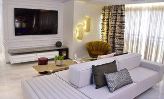 Apartamento projetado para jovem casal que ama receber