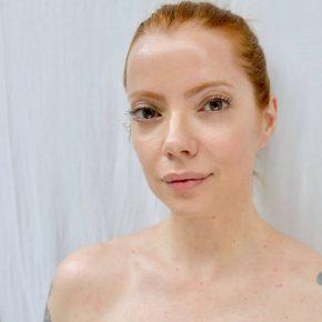 Julia Petit é uma das co-fundadoras da Sallve, marca de skincare brasileira que chega ao mercado em 2019