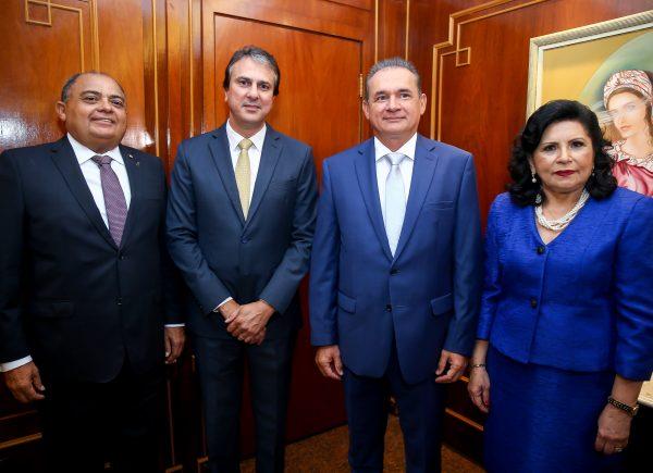"Novo presidente do TJCE, Washington Araújo quer dar agilidade aos trabalhos da Corte: ""entregar ao cidadão a Justiça que ele veio buscar"""