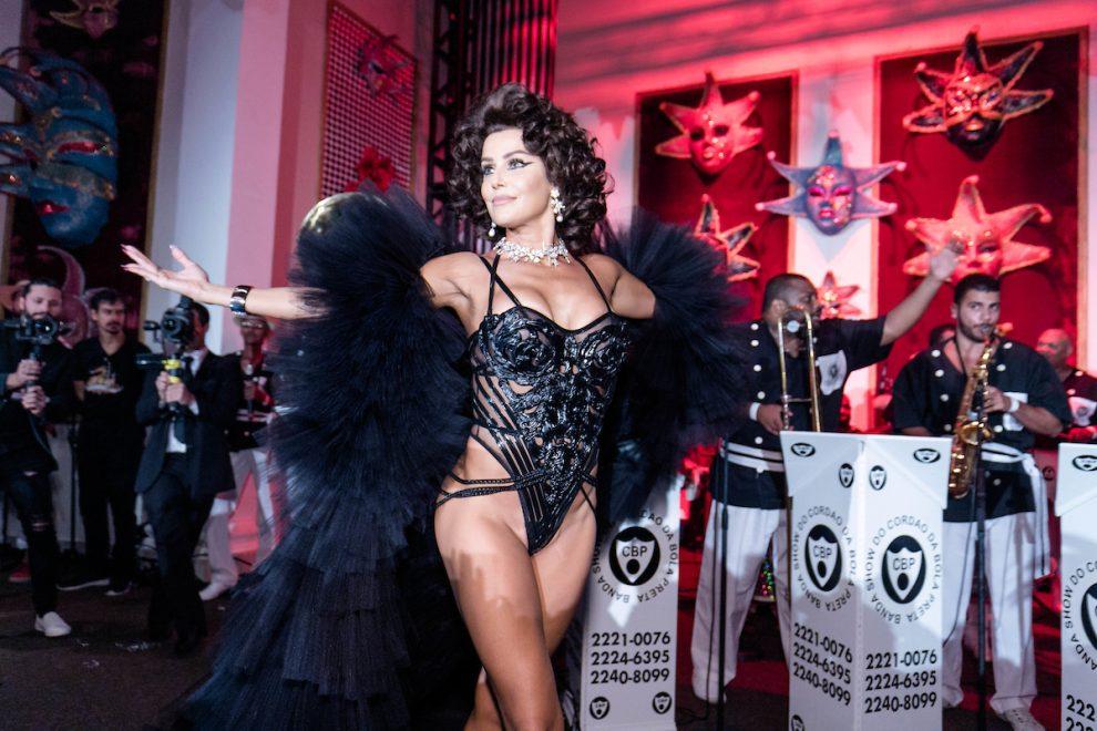 Deborah Secco se transforma em Sophia Loren para o Baile do Copa 2019; veja fotos da festa