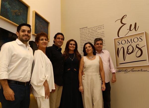 """Exposição """"Eu Somos Nós"""" celebra 45 anos de produção artística de Totonho Laprovitera"""