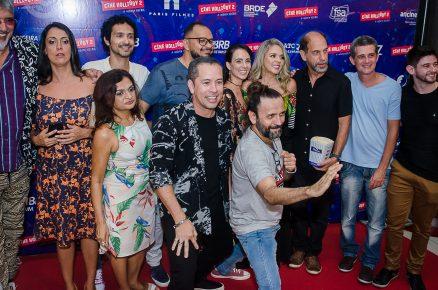 Estrelas de Cine Holliúdy 2  – A Chibata Sideral vão participar de bate-papo no Benfica