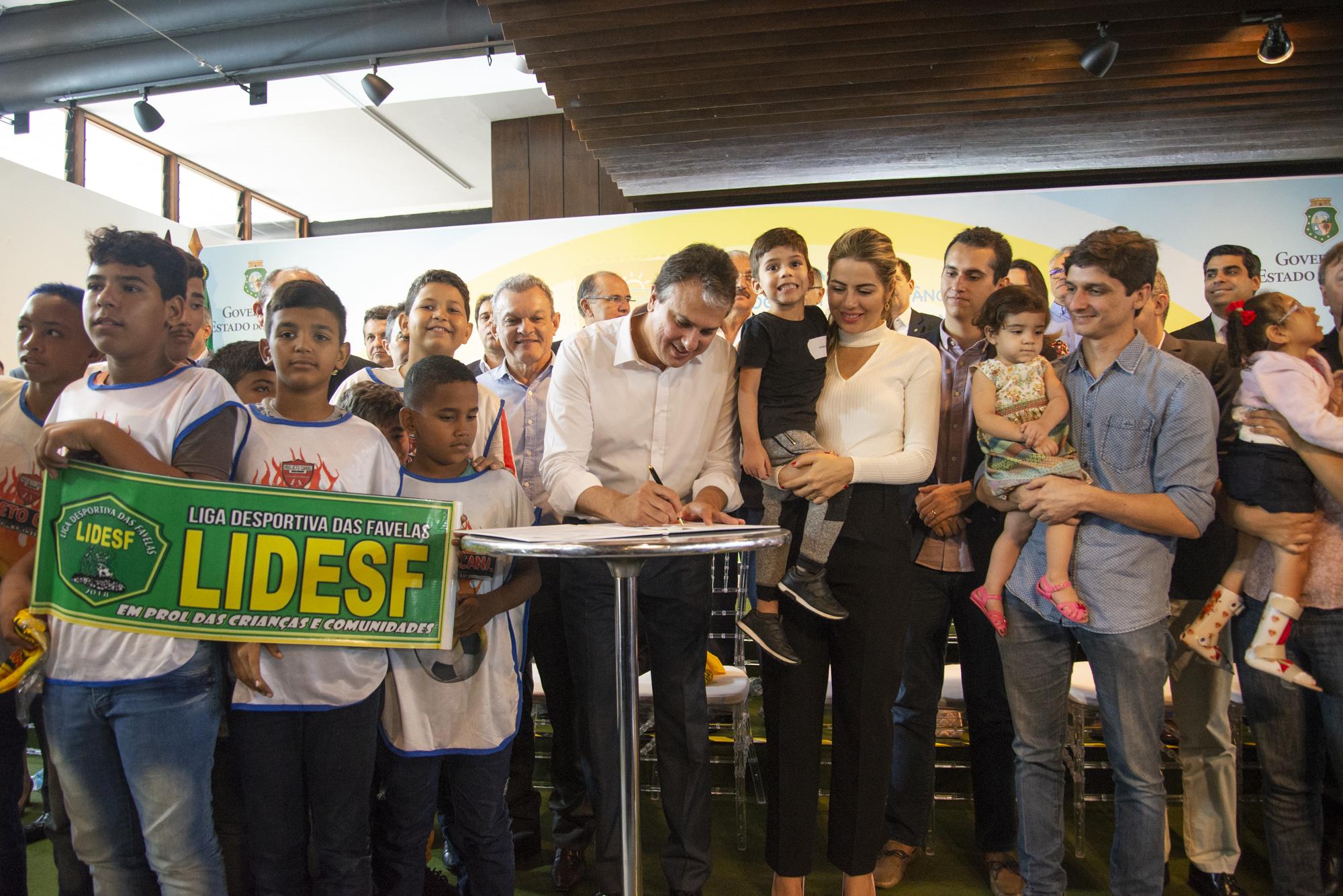 Programa Mais Infância Ceará agora é política pública do Estado