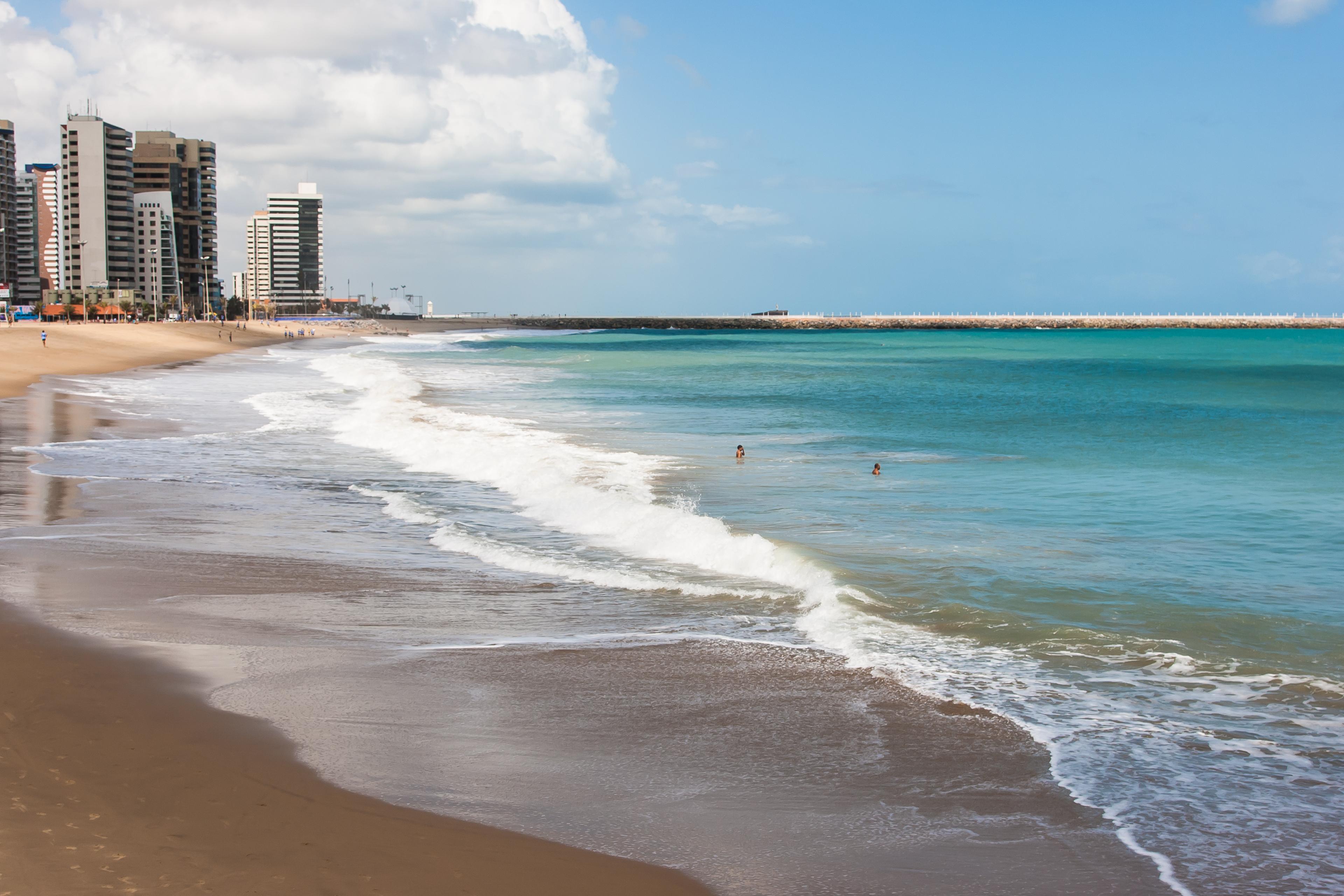 Unifor mobiliza voluntários para limpeza de praias em março