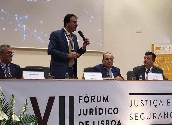 Camilo Santana participa do VII Fórum Jurídico de Lisboa que tem Justiça e Segurança como temas