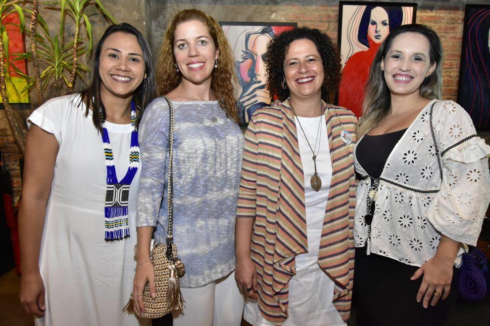 """""""A gente pode fazer diferente, e as empresas podem sim gerar impacto social"""", diz Ticiana Rolim Queiroz em encontro no Moleskine"""