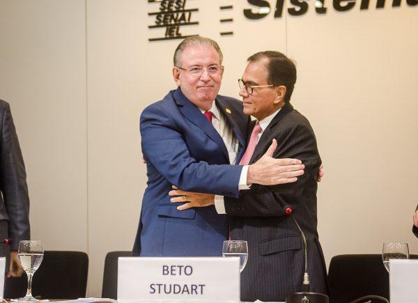 """Ricardo Cavalcante ao ser eleito presidente da FIEC: """"Tenham certeza de que farei sempre o meu melhor, com o máximo de energia, dedicação e comprometimento"""""""